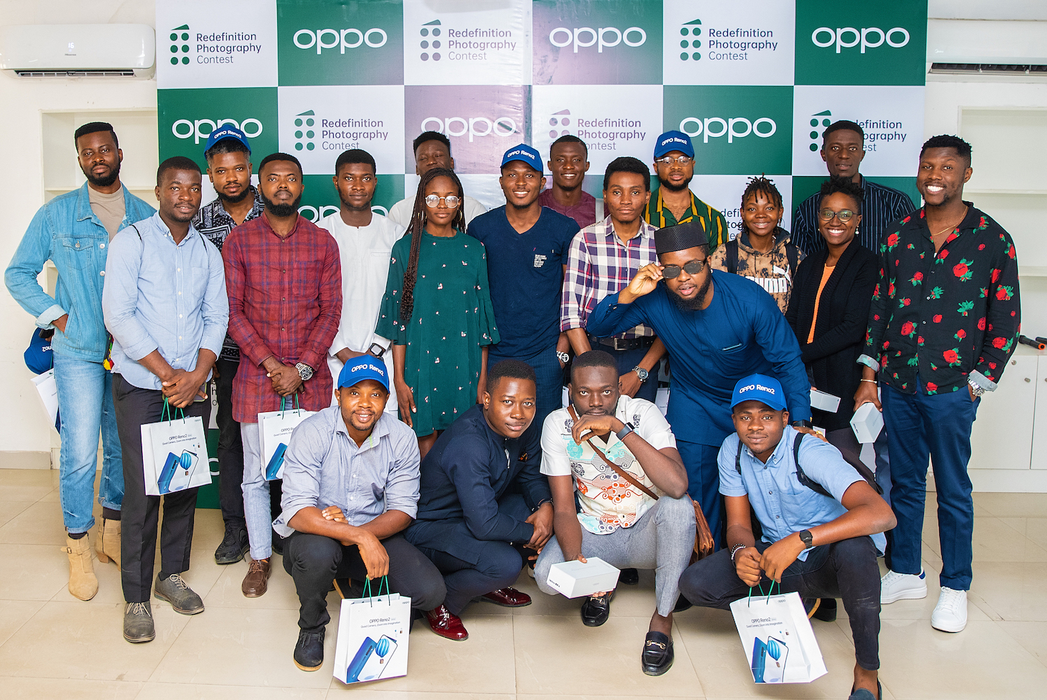 OPPO-Redefinition-Photography-Contest-Group-Photo.jpg