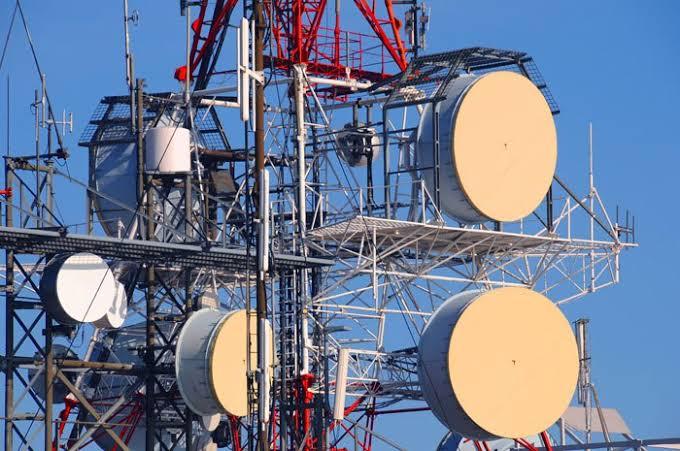 Telecom masts right of passage